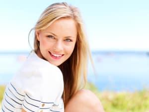 Pretty Smile Blonde Gal